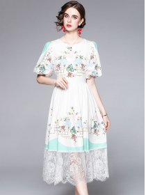Europe Stylish High Waist Lace Splicing Puff Sleeve Dress