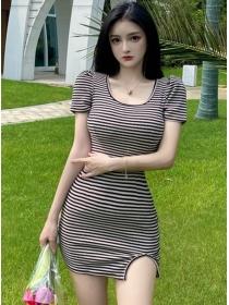 Summer Hot Round Neck Stripes Round Neck Slim Dress