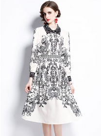 Europe Stylish Shirt Collar Ink Flowers Long Sleeve Dress