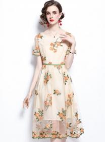 Charming Europe Flowers Embroidery Gauze A-line Dress