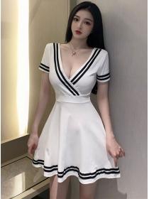 Wholesale 2 Colors Stripes V-neck Backless Flouncing Dress