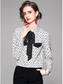 Wholesale Europe Tie Collar Flowers Long Sleeve Blouse