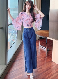 Pretty Lady Flowers Flare Sleeve Blouse with Split Long Jeans