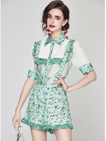 Preppy Fashion Flowers Pleated Blouse with Straps Short Pants