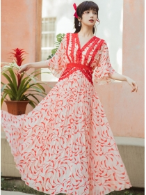 Fairy Charming Lace V-neck Pleated Flowers Maxi Dress