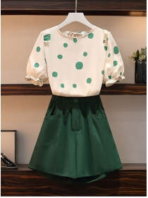 Preppy Plus Size Dots Puff Sleeve Blouse with Short Pants