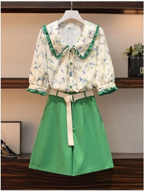 Lovely Plus Size Doll Collar Flowers Blouse with Short Pants