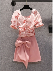 Pretty Plus Size Flowers Pleated Blouse with Bowknot A-line Skirt