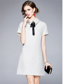 Europe Wholesale 2 Colors Beads Bowknot Doll Collar Dress