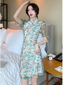 Retro Korea Flowers Embroidery Cheongsam Slim Dress