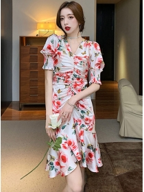 Pretty Women V-neck Puff Sleeve Flowers Pleated Fishtail Dress