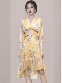 Charming Korea V-neck Tie Waist Flowers Chiffon Dress Set