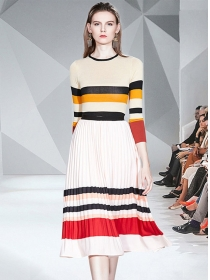 Wholesale Korea Stripes Knit Tops with Pleated Long Skirt