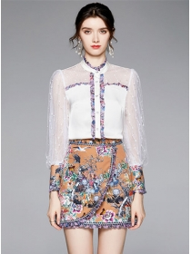Retro Europe Puff Sleeve Blouse with Flowers Short Skirt