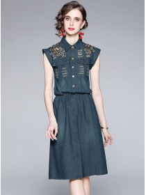 Europe Wholesale Embroidery Shoulder Denim Shirt Dress
