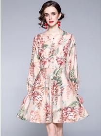 Retro Europe V-neck Flowers Long Sleeve A-line Dress