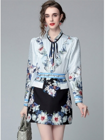 Retro Wholesale Flowers Flouncing Blouse with A-line Skirt