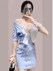 Sexy Fashion 2 Colors Bowknot Single-breasted Knitting Dress