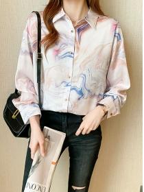 Wholesale Autumn Fashion Printings Loosen Puff Sleeve Blouse