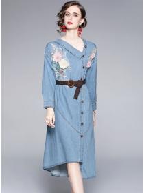 Europe Stylish Single-breasted V-neck Embroidery Denim Dress