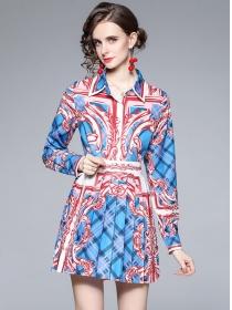 Retro Europe 2 Colors Flowers Long Sleeve Pleated Dress Set