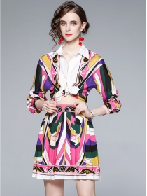 Europe Stylish Color Block Blouse with Pleated A-line Skirt