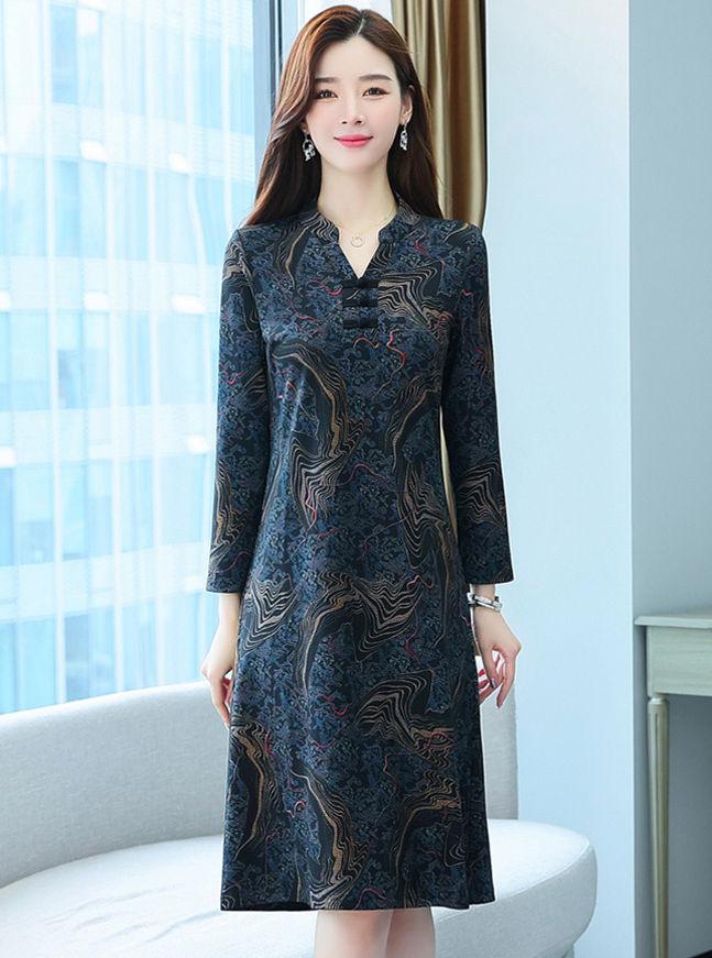 Retro Korea 2 Colors V-neck Flowers Loosen A-line Dress