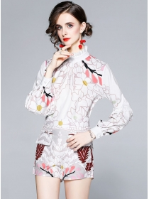 Retro Europe Stand Collar Flowers Two Pieces Short Suits