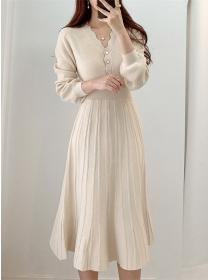 Wholesale 3 Colors Buttons V-neck Knitting A-line Dress