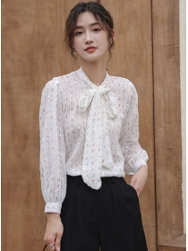 Pretty Fashion Tie Bowknot Collar Flowers Puff Sleeve Blouse