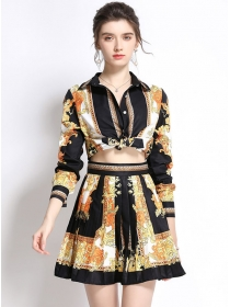 Pretty Sexy Tie Waist Flowers Blouse with Pleated A-line Skirt