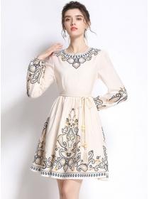 Retro Fashion Round Neck Tie Waist Flowers A-line Dress