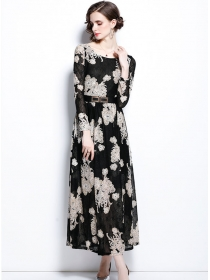 Autumn Fashion Round Neck Lace Flowers Maxi Dress