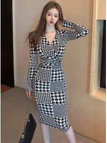 Classic Fashion V-neck Houndstooth Slim Long Sleeve Dress