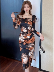 Retro Charming Square Collar Flowers Pleated Slim Dress