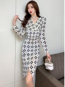 Wholesale Korea V-neck Fitted Waist Plaids Split Dress