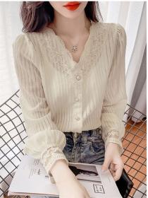 Pretty Fashion 2 Colors Buttons V-neck Lace Blouse