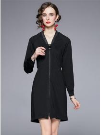 Europe Stylish Zipper Open Back Embroidery Long Sleeve Dress