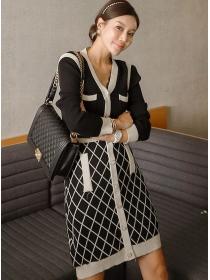 Autumn New Single-breasted V-neck Plaids Knitting Dress