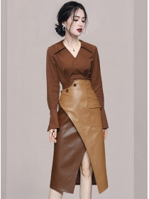 Fashion Retro V-neck Blouse with Color Block Leather Long Skirt