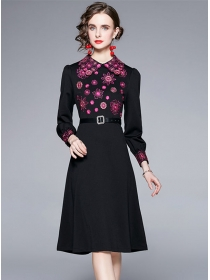 Europe Autumn Flowers Embroidery Doll Collar A-line Dress