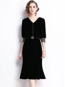 Modern Europe V-neck Belt Waist Puff Sleeve Velvet Dress