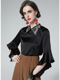 Grace Women Embroidery Collar Flare Sleeve Blouse
