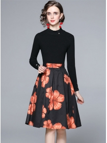 Wholesale Europe Knitting Tops with Flowers A-line Skirt