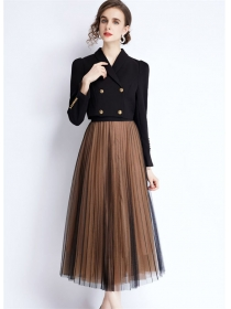 Modern Lady Double-breasted Short Jacket with Gauze Fluffy Skirt