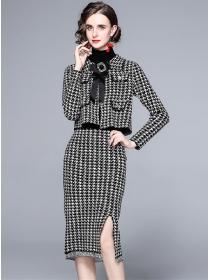 Modern Lady Bowknot Collar Houndstooth Tassels Knit Dress Set