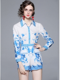 Europe Stylish Shirt Collar Flowers Blouse with High Waist Shorts