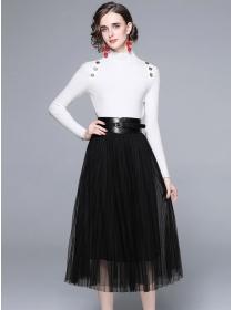Europe Autumn Knitting Tops with Belt Waist Gauze Fluffy Skirt