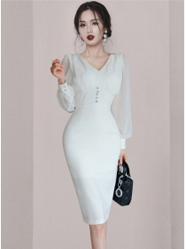 Modern Lady Fitted Waist V-neck Puff Sleeve Slim Dress