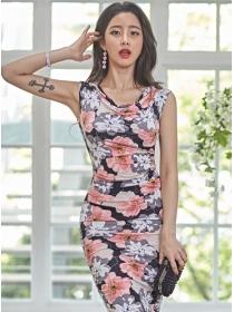 Wholesale Pretty Flowers Pleated Bodycon Tank Dress